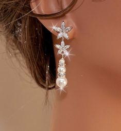 536e697b22a6 DONNA - Swarovski Pearl and Crystal Floral Bridal Earrings in White Gold  ビーズのイヤリング,