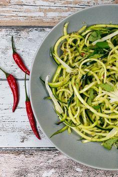 [Low Carb] Gemüsenudeln aglio e olio