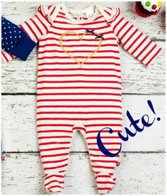 What a gorgeous romper for baby girls. Fox & Finch Baby 'D'Amour' Striped Romper with feet. Very cute indeed!