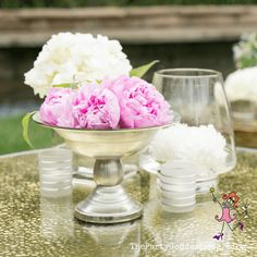 Find inspiration in these gorgeous outdoor tablescapes! | The Party Goddess! #decor #tablescapes #inspiration #eventplanner Fall Home Decor, Autumn Home, Entrance Decor, Party Food And Drinks, Party Photos, Interior Lighting, Wedding Tips, Host A Party, Holiday Parties