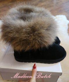 Śniegowce z Jenotem. , 249,00zł, zamówienia składamy w sklepie na stronie madleen.pl. Fur Slides, Sandals, Shoes, Fashion, Moda, Shoes Sandals, Zapatos, Shoes Outlet, Fashion Styles