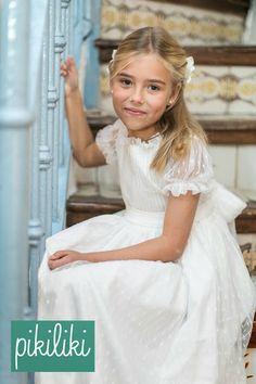 PIKILIKI Little Fashion, Cute Fashion, Kids Fashion, Flower Girl Tutu, Flower Girl Dresses, Little Girl Dresses, Girls Dresses, Baptism Dress, Beautiful Little Girls