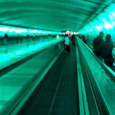 eoifnijnd airports