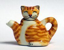 Kitty tea pot.