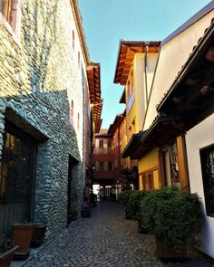 Hello #Gjakova how are you today?#gjakova #kosovo #livekosovo #kosova #town #building #street