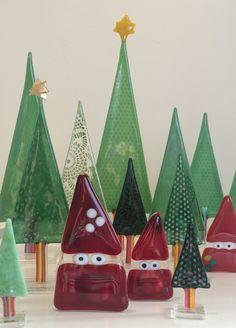 Nisser I Skoven Af Britt Fage Debra Wakefield  C B Fused Glass Trees