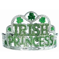 Gather your royal subjects this St. Patrick's Day with our Irish Princess Shamrock Tiara. Party like a paddy princess with our Irish Princess Shamrock Tiara. This St. St Patrick's Day Dress, St Patrick's Day Outfit, Halloween Costume Shop, Halloween Kids, Irish Costumes, Family Costumes, Day Party Outfits, Desserts Valentinstag, Leprechaun Hats