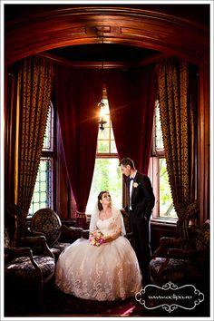 Fotograf nunta Curtains, Home Decor, Blinds, Decoration Home, Room Decor, Interior Design, Draping, Home Interiors, Net Curtains