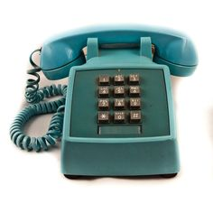 I can't believe these old phones are so hard to find! I want a corded phone, and with these, the receiver is SO comfortable on the ear! Did everyone just throw their phone in the garbage? Retro Phone, Call Me Maybe, Vintage Telephone, Old Phone, Vintage Love, Landline Phone, Phones, Aqua, Teal