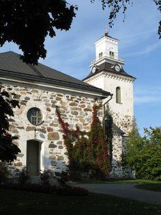 Kuopion tuomiokirkko. Kuva: MV/RHO 124603:193 Soile Tirilä 2006