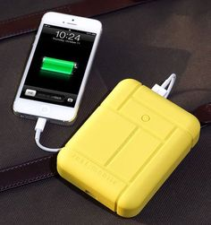 Charging For Two on the Go:  Just Mobile Gum Max Duo   Tech Test Lab Review