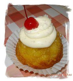 Dame Good Eats: Pineapple Upside Down Cupcakes