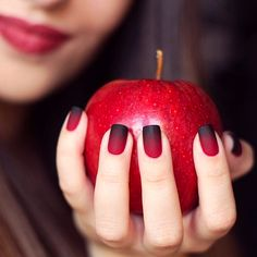 http://www.cambio.com/2015/10/20/nails-that-smell-like-pumpkin-spice/