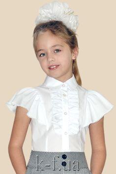 Kids Summer Dresses, Dresses Kids Girl, Kids Outfits, Kids Fashion, Winter Fashion, Cute School Uniforms, Baby Girl Dress Patterns, African Design, Kids Girls