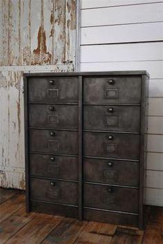 meuble industriel clapets meuble chaussures ldt ameublement nord usine style. Black Bedroom Furniture Sets. Home Design Ideas