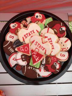 Wolfpack cookies , NCSU
