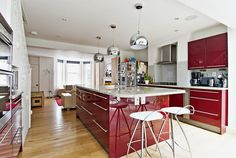 Kitchen 4. Finlay Brewer sell and rent of some of West London's finest properties www.finlaybrewer.co.uk