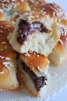 La Tavola Allegra: Danubio Soffice alla Nutella Dessert Drinks, Desserts, Doughnuts, Nutella, Healthy Recipes, Healthy Foods, Sweet Tooth, French Toast, Muffin
