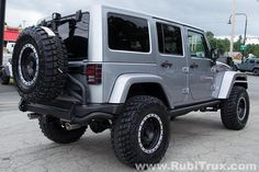 This Rubicon Unlimited is loaded with the absolute best of the best in aftermarket products. Contact us for a free quote on YOUR Jeep build!! www.RubiTrux.com