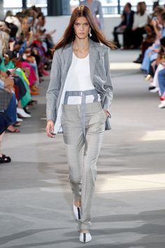 Tibi Spring 2018 Ready-to-Wear Undefined Photos - Vogue