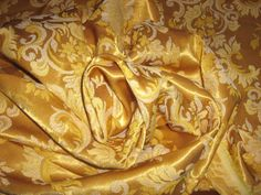 Gold on Gold Tapestry pattern - 6 yards available Gold Fabric, Brocade Fabric, Vintage Fabrics, Vintage Items, Reuse Recycle, Damask, White Gold, Tapestry, Elegant