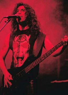 Tom Araya... Slayer!!!