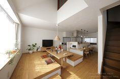 Japanese House오랜만에 올리는 Japanese house~ 북유럽 인테리어도 좋지만 따뜻한 원목으로 꾸며진 내...