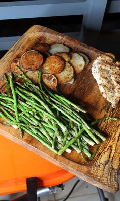 This asparagus and potatoes recipe brings together a classic combination that's full of flavor, easy to prepare, and it'll make all your guests happy! See this grilling recipe on The Home Depot Blog.