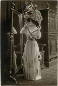Beautifull 1910 lady