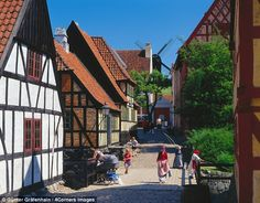 Aarhus¿s alfresco museum, Den Gamle By, has streets and houses that have been preserved