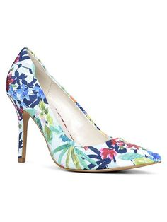 Ybuvia pointed toe court shoes