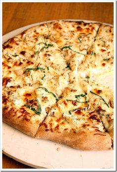 """Recipe: Chicken Alfredo Pizza Summary: This pizza starts off with my go-to """"light"""" alfredo recipe. Don't let the name scare you off – it's actually a pretty simple recipe, with lots of normal/keep on hand type of ingredients. And a pretty excellent pizza, I might add. Just as I suspected, the combination was a winner …"""