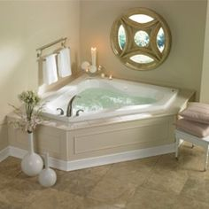 Merveilleux Small Master Corner Whirlpool Tub | Tips For Designing A Small Bathroom  With A Corner Tub