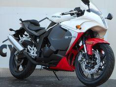 ____________________________  #Hyosung #GT250R ____________________________ https://www.facebook.com/motoristann ____________________________ #Moto #Motorcycle #Motosiklet #Race #Racing #Biker #Bike #Sportbike #Superbike  ____________________________ #Honda #Yamaha #Kawasaki #BMW #KTM #Ducati #Aprilia #Triumph