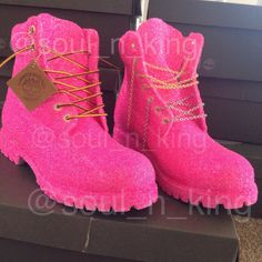 barbie pink glitter timberlands from kingOFsole on Etsy. Saved to Shoes! Tims Boots, Pink Timberland Boots, Timberland Outfits, Shoe Boots, Shoes Heels, Combat Boots, Glitter Timberlands, Jordan Shoes Girls, Fashion Shoes