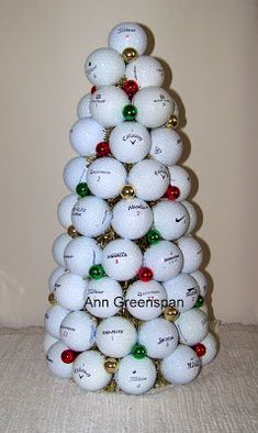 Ann Greenspan's Crafts: Golf Ball Christmas Tree Golf Club Crafts, Golf Ball Crafts, Guys 21st Birthday, How To Make Snowflakes, Bottle Cap Table, Sorority Crafts, Sorority Paddles, Sorority Recruitment, Golf Art