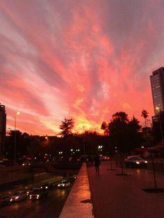 Rojo atardecer. Santiago, Chile.