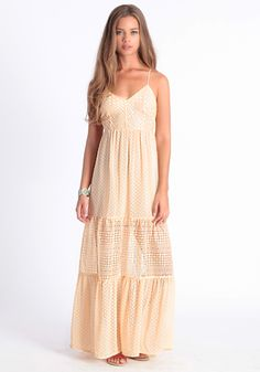 this amazing dress is perfect for summer festivals, date nights, and dare i say it... a bohemian-inspired wedding dress. #threadsence #fashion