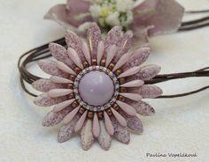 by Pavlína Vopeláková , tutorial Royal-Stone - akcesoria do tworzenia biżuterii https://www.facebook.com/photo.php?fbid=856409827884305&set=pcb.856414767883811&type=3&theater