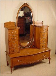 Victorian Furniture - November 05 2018 at