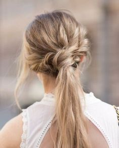 We've already told you a lot about bridal hair ideas for any type of wedding but what about your girls? The bridesmaids also want to look awesome, so today I've rounded up some fantastic…