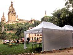 Carpas plegables Qualytent en el jardín botánico de Barcelona. Carpas plegables de alquiler y venta,
