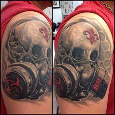 Tatuagem Caveira com Mascara de Gas