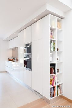 Modern Kitchen Design – Want to refurbish or redo your kitchen? As part of a modern kitchen renovation or remodeling, know that there are a . Home Decor Kitchen, Kitchen Remodel, Contemporary Kitchen Design, Contemporary Kitchen, Kitchen Styling, Modern Kitchen Design, Kitchen Pictures, Kitchen Design, Ikea Kitchen