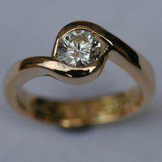 Yellow gold and 5 karat diamond engagement ring. Diamond Engagement Rings, Heart Ring, Jewels, Yellow, Gold, Jewerly, Heart Rings, Gemstones, Diamond Engagement Ring