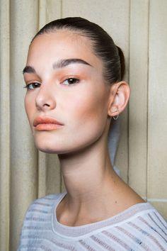 Make a bare face feel fresh with no makeup makeup in peachy nude shades | Balmain Spring/Summer 2016