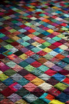 hooked-on-needles:    (via (45) This is what madness looks like | Flickr - Photo Sharing!)  Sock yarn blanket, The Heathen Housewife.