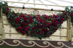 royal-barge-flower-garland