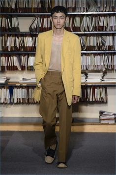 Dries Van Noten Channels 80s Style for Spring '18 Collection