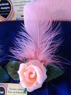 rosa de porcelana fria souvenirs casamiento compromiso